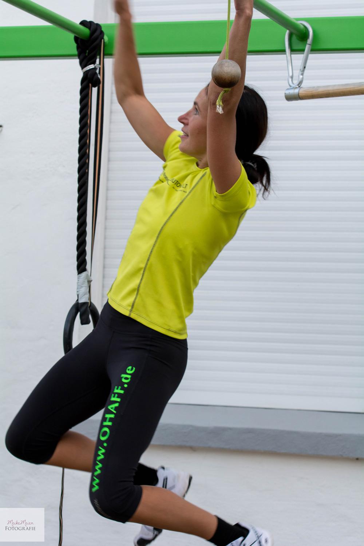 Hangeltraining für Hindernislauf